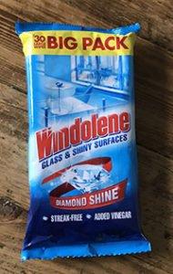 Windolene Glass and Shiny Surfaces wipes