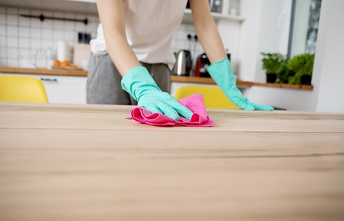 Cleaning working tops