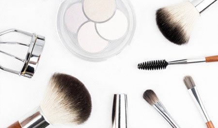 Cleaning Makeup and Beauty Tools